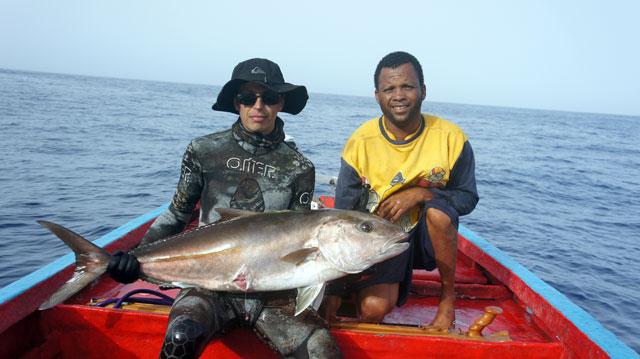 Vasiliy_Zherekhov_spearfishing_in_Cabo-Verde_mp